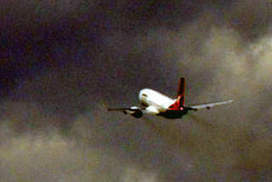 As storm  clouds close in, Qantas' distress calls go unanswered | HSC Business Studies | Scoop.it