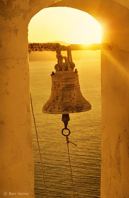 The bell   DESARTSONNANTS - CRÉATION SONORE ET ENVIRONNEMENT - ENVIRONMENTAL SOUND ART - PAYSAGES ET ECOLOGIE SONORE   Scoop.it