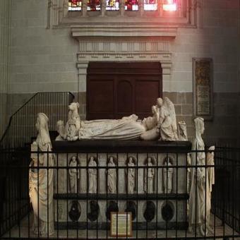 06/12/2016 - Nantes. Une caméra a exploré le tombeau des ducs de Bretagne - Article | infos-web | Scoop.it