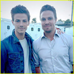 Grant Gustin: First Pic on 'Arrow' Set! - Just Jared Jr. | Kinda obsessed with arrow - not going to lie.... | Scoop.it