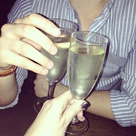 .@lauralenny | #newyearschampagne #bestboyfriendever #lovehim #champagne #buskerbrowns #happ... | Busker Brownes | Scoop.it