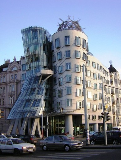 Dancing House | Vlado Milunic + Frank Ghery | CRAW | Scoop.it
