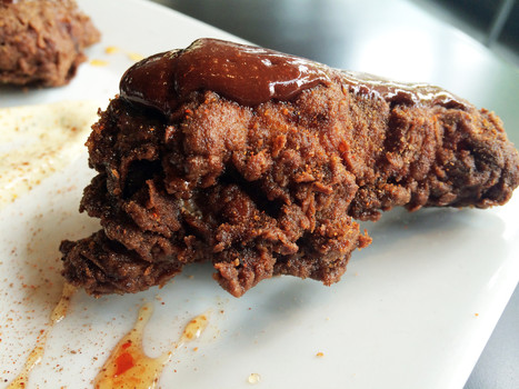 First look: Chocolate fried chicken, bacon biscuits and more at Chocochicken | The Global Village | Scoop.it