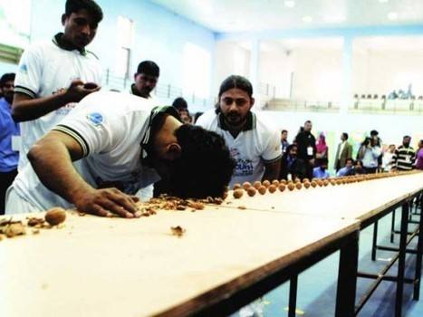 Head-Strong Pakistani Sets New World Record for Smashing Walnuts with His Head | MOVIES VIDEOS & PICS | Scoop.it