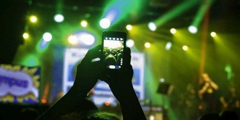 Smartphones pendant les concerts : qu'en pensent les artistes ?   MusicGeek   Scoop.it