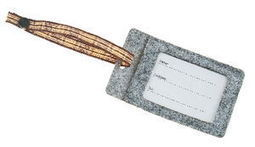 Porta etiquetas de fieltro, de 11 x 6,5 cm., gris - Opitec | Celebra | Scoop.it