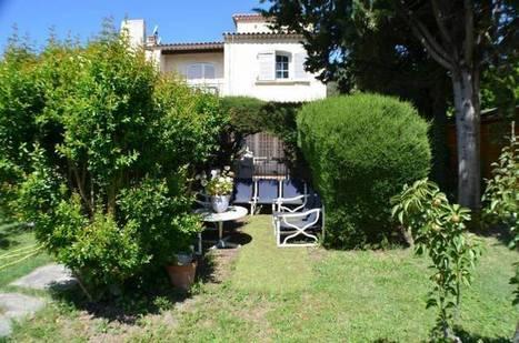 Appartement de vacances 2 pièces MANDELIEU LA NAPOULE (06120) - Côte & Littoral | Appartement bord de mer Côte d'Azur | Scoop.it