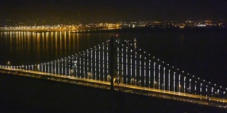 San Francisco Bay Bridge Turns into the World's Largest Light Installation | Urban Media | Scoop.it