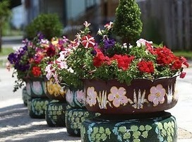 DIY: Recycled Tire Garden Planters —studio 'g' garden design and landscape inspiration and ideas Studio G, Garden Design & Landscape Inspiration | Back Yard Garden Projects | Scoop.it