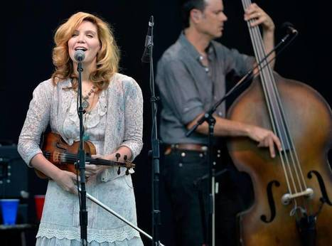 Alison Krauss gets an IBMA do-over at Raleigh World of Bluegrass festival   Acoustic Guitars and Bluegrass   Scoop.it