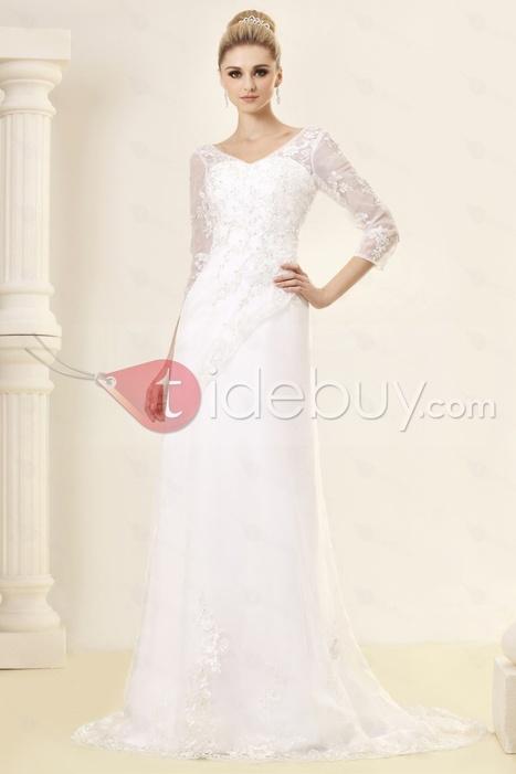 Charming A-Line/Princess V-neck Long-Sleeve Chapel Lace Trimmed Dasha's Wedding Dress | sweet heart | Scoop.it