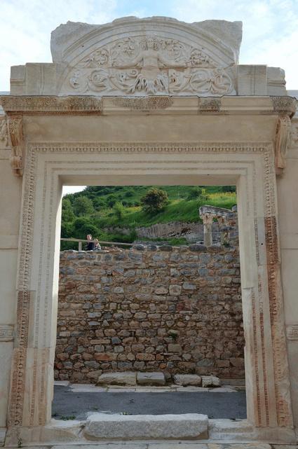 The Temple of Hadrian at Ephesus, Ionia (Turkey) | LVDVS CHIRONIS 3.0 | Scoop.it