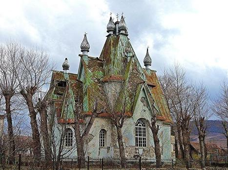 Russian Armenian Haunted House by David Rich | Abandoned Houses, Cemeteries, Wrecks and Ghost Towns | Scoop.it
