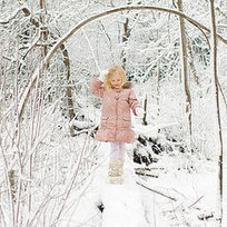 How to Take Amazing Winter Photos of Your Kids - PopSugar.com | Anything Photography | Scoop.it