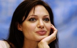 On Women's Health Week, Angelinia Jolie Goes Public About Her Double Mastectomy | Carmel Health and Athletics | Scoop.it