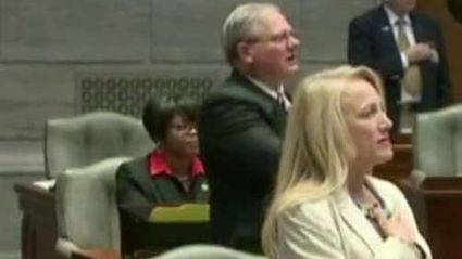 Missouri State Senator Sits During Pledge Of Allegiance | Xposing Government Corruption in all it's forms | Scoop.it