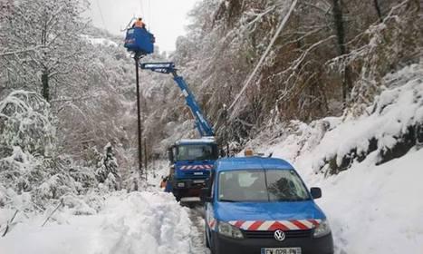 Rétablir le courant dans la vallée - Photos from Regis Cothias's post | Facebook | Vallée d'Aure - Pyrénées | Scoop.it