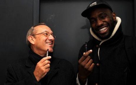 Pourquoi ils vapotent tous ? - Le Parisien | Infos - Cigarettes Electroniques par Clop'Oz | Scoop.it