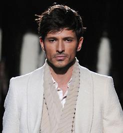 Andrés Velencoso. Noticias, fotos y biografía de Andrés Velencoso | Moda | Scoop.it