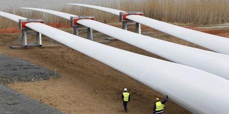 La première éolienne offshore de France érigée en Loire-Atlantique | fonctionnement et developpement éolien | Scoop.it
