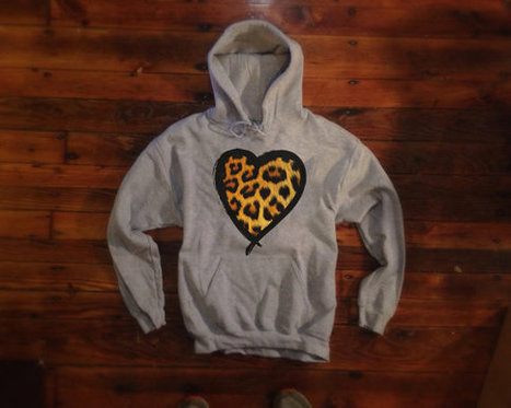 Cheetah Print Hoodie | Heart Hooded Sweatshirt | Fashion Shirt | Scoop.it