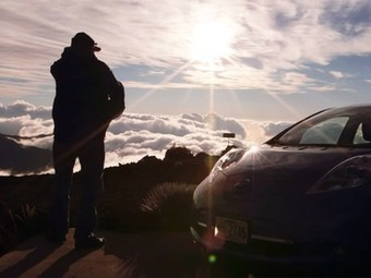 Man charges a LEAF electric car using an Hawaiian volcano! (video) | Tesla Motors (+ other electric cars news) | Scoop.it