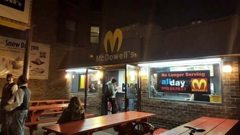 For Halloween, a Chicago Hot Dog Stand Is Dressed as McDowell's From Coming to America | Social Media | Scoop.it