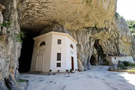Il Touring Club Italiano ci invita a visitare Genga nelle Marche | Le Marche un'altra Italia | Scoop.it