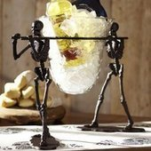 Walking Dead Serve Bowl Stand - $130 | Womens fashion | Scoop.it