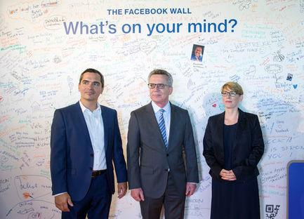 Le monde pris en filature<br/>2/4<br/>Google, Facebook, Amazon...l'espionnage dans la poche   Culture num&eacute;rique   Scoop.it