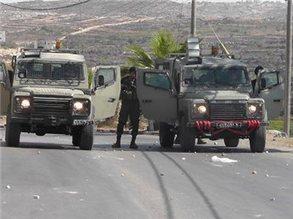 Israeli forces assault Palestinian school bus driver near Hebron | Israeli Apartheid | Scoop.it