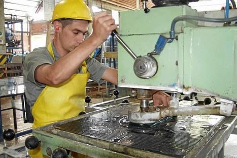 Agro e industria no ayudan a bajar más el desempleo   Actividad económica en Colombia y el mundo - VivaReal Colombia   Scoop.it