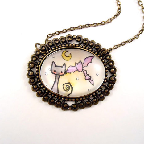 Halloween Necklace  Bats And Black Cat by cellsdividing on Etsy | Halloween | Scoop.it
