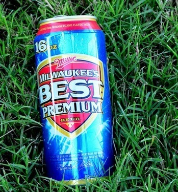 4 Beers That Americans Apparently No Longer Want To Drink ...   beer marketing   Scoop.it