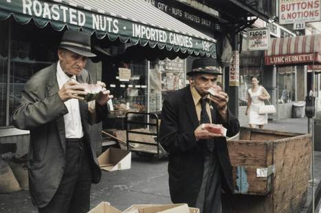 Helen Levitt's Photography Of 1980s New York | Urban Decay Photography | Scoop.it