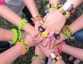 The new Silly Bandz: Rainbow Loom bracelets a hit with kids - TODAY.com | Troy West's Radio Show Prep | Scoop.it