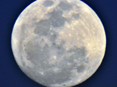 Super Moon of March 2011   'Photos in the Wild'   Looks - Photography - Images & Visual Languages   Scoop.it