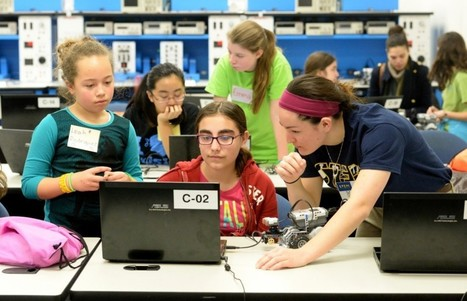 Researchers explain how stereotypes keep girls out of computer science classes | Headlines for School Leaders | Scoop.it