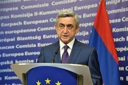 Armenia chooses Russia over EU - European Voice | European Union | Scoop.it