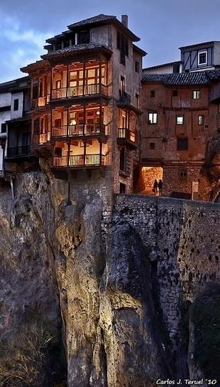 Casas Colgadas - Cuenca, Spain | Incredible Pictures | Casas Ecologicas | Scoop.it