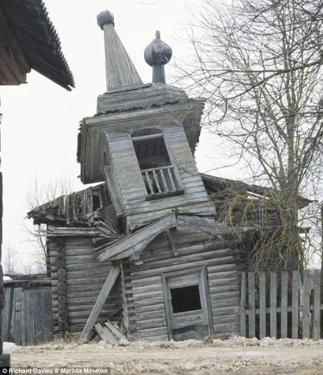 The lost churches of Russia: Haunting images of abandoned wooden buildings crumbling to dust in remote forests | Exploration: Urban, Rural and Industrial | Scoop.it