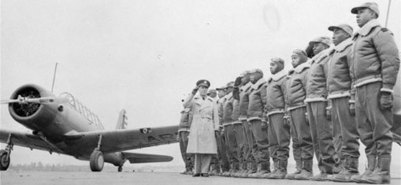 Connection to Today 2: Blacks still rare in top U.S. military ranks - USATODAY.com | African Americans in the Military in WWII | Scoop.it