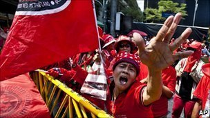 BBC News - Thai 'red shirts' protest and demand leaders' release | Coveting Freedom | Scoop.it