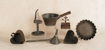 Clamoring for Kitchenalia — Historical television show prompts new admirers of old kitchenalia. | Antiques & Vintage Collectibles | Scoop.it