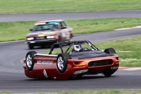 Awesome Upside-Down Car Turns Driving Literally on Its Head   Strange days indeed...   Scoop.it