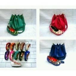 paket tas serut + flatform flower - AyeshaShop.Com | trend fashion 2013 | Scoop.it