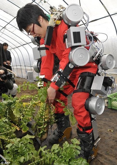 Exoskeleton designed to assist agricultural workers and gardeners | Cultibotics | Scoop.it