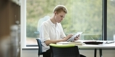 Exploitation numérique des livres indisponibles : les sages donnent ... - Francetv info | MotsNumériques | Scoop.it