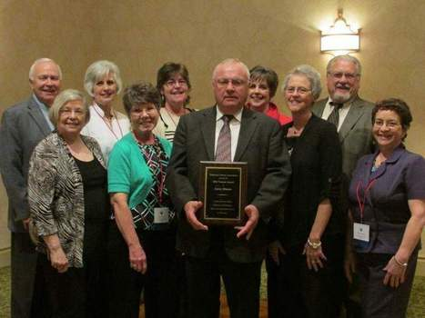 Portland's Hinton named Trustee of the Year by state library association | Tennessee Libraries | Scoop.it