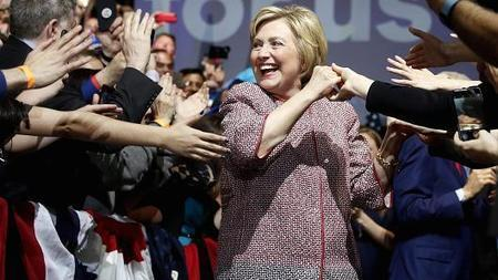 #HillaryClinton wore a $12,495 Armani jacket during a speech about #inequality - CNBC.com | News in english | Scoop.it